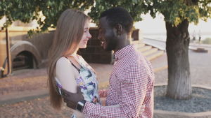Vídeo stock de Interracial..