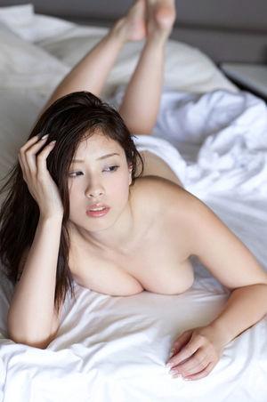 Ayaka Noda JAV Idol Show off big boobs..