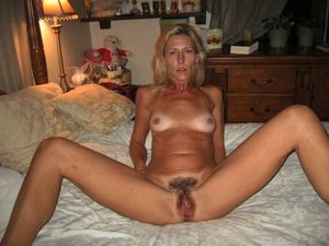 Hot Wife (6) - Expic