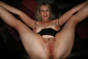 Hot Mature Pussy And Leg Spreading 13..