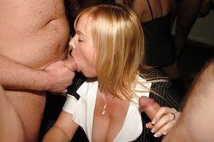 Big Tit Size Queen Slut Donna - 55..