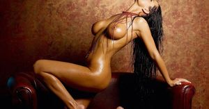 Car Modification: Laure Lee Naked On..