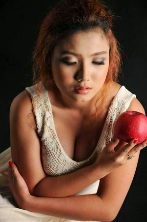 Khin Me Me Ko - Myanmar Hot Girl..