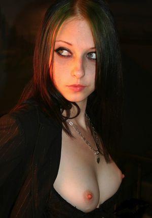 Sexy vampire babes xxx - Best porno