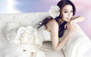 Fan Bingbing In White Dress -..