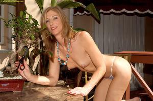 PinkFineArt Dee Dee Derian Cougar from..