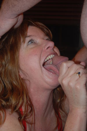Middle-aged amateur Dee Delmar give..