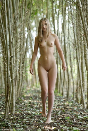 376 - Best Nude Blonde. Best Nude Girls