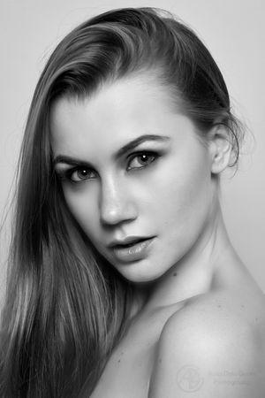 Ukrainian Model Height :175 Eyes:hazel