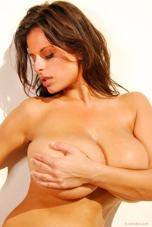Wendy Fiore Stripping Naked In The Heat
