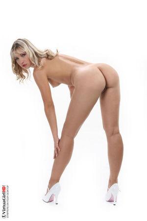 Free Porn Jenni Gregg, Stripping Pics..