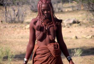 real african tribes posing nude -..