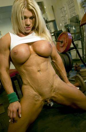 Blonde Female Bodybuilder with amazing..