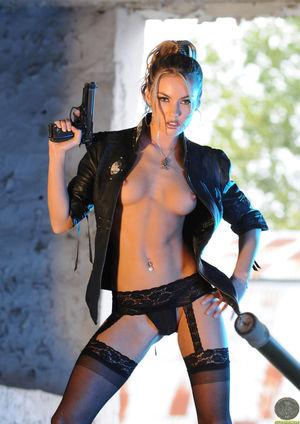 Exclusive Actiongirls Veronika..
