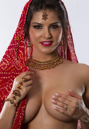 Indian Gfs posing and fucking for the..