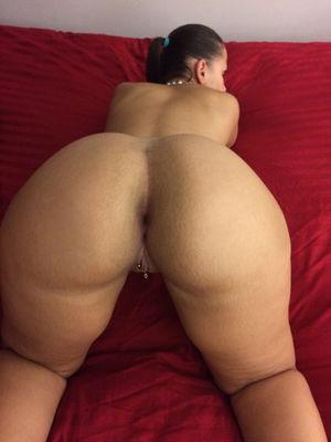 Big booty freak in phoenix hotel..