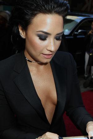 Demi Lovato nip slip, Sexy photos, hot..