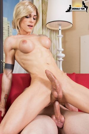 Slutty blonde wife sets up a threesome..