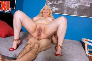 Chubby pornstar Suzumi Wilder fucked..