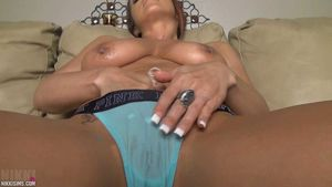 Nikki Sims Oiled Tits and Kitty Nude /..