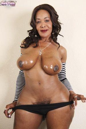 Thick Body TS Bonita @..