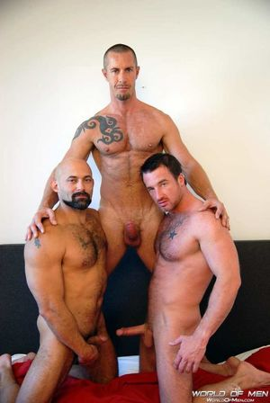 World of Men - 3 Way - vi Big Dick..