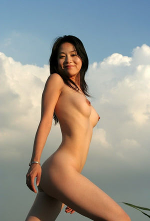 Asian girls - erotic and sexy. Vote..