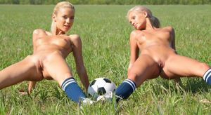 Blonde/Russian Marina C. and Sandy A...