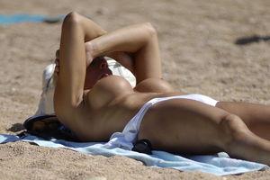 Voyeuy Jpg Big boobs spain beach