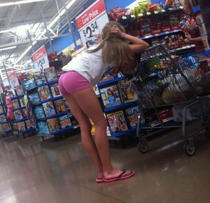 Voyeuy Jpg Awesome Teen Ass At Walmart