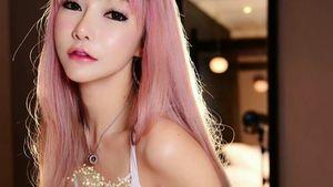 Sexy White Model by Tokyo - Fashion..