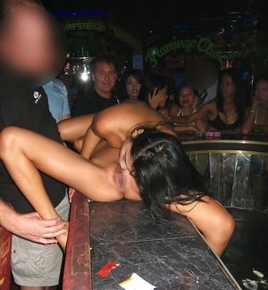 Voyeuy Jpg SE Asian bar girls putting..