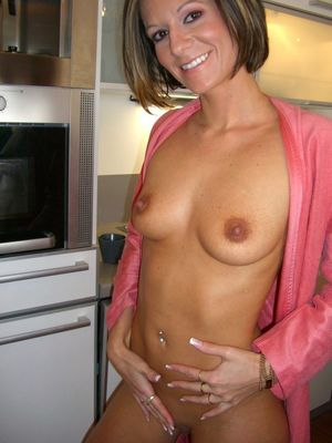 Topic, pleasant Milf flat sexy nude..