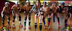Naked roller derby women - Porno photo