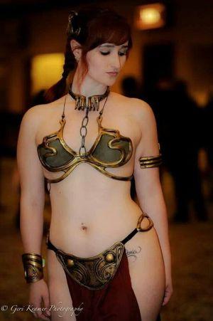 Slave Leia cosplay - Imgur