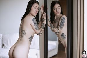Beautiful Suicide Girl Sexy Kaarla..