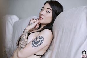 Beautiful Suicide Girl Sexy Kaarla..