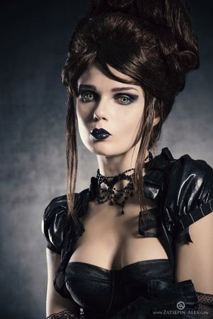 Elisanth Gothic Art Vampire Contact..