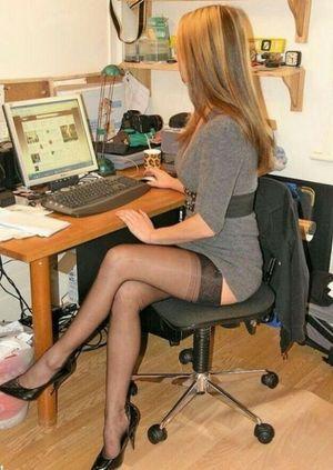 Amour du Nylon Sexy legs..