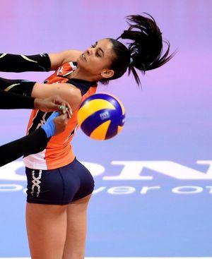 winifer-fernandez-volleyball-player-fr..