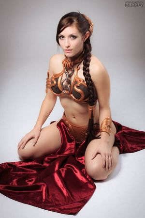 Slave Leia. Gold resin pieces of..