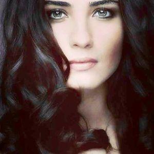 Tuba Buyukustun Turkish-Actress Tuba..