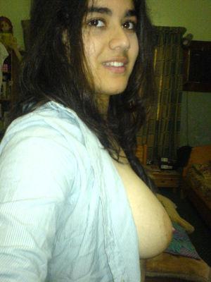 Nude arab college or school girls -..