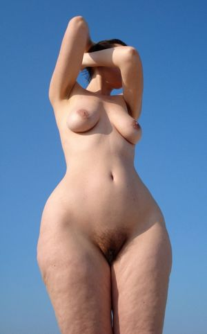 Wide hip naked sexy girl poto - New..