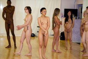 Viewing Porno Pics for Amateur dance..