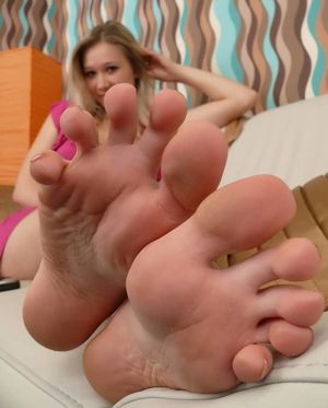 Showing Porn Images for Girl feet hd..
