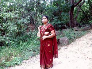 Indian sexy bhabhi fucked by boyfriend..