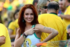 Brazil Team Fans 05 - HD Wallpaper