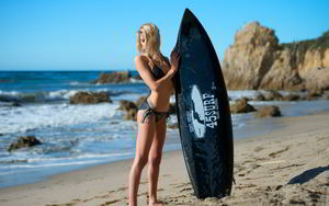 TOP 10 surfing girls