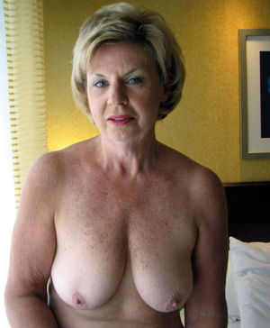Granny Cute Xxx Pics And Mature Sex..